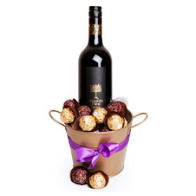 Hunter Valley Red and Chocolate Hamper